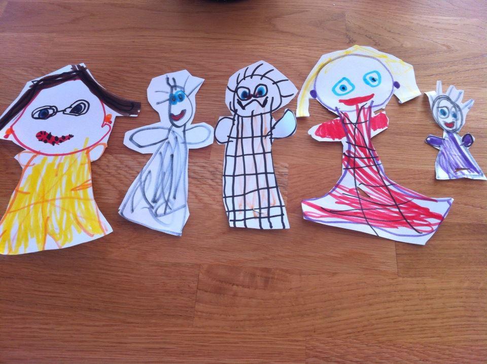 pappersfigurer av familj